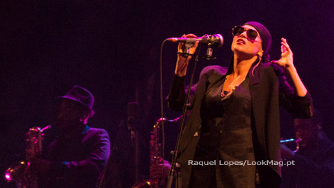 Melody Gardot encanta no regresso a Portugal no edpcooljazz
