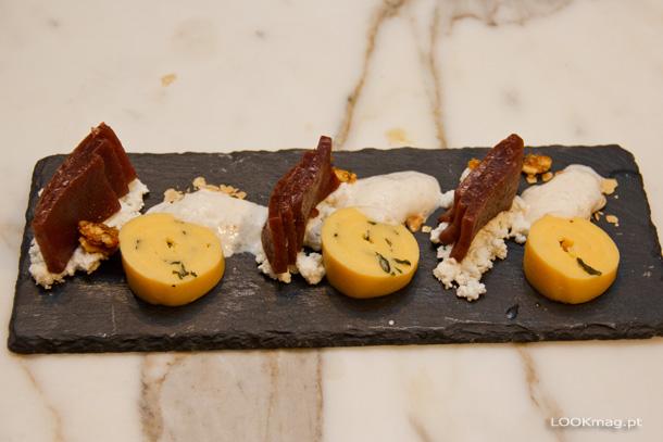 Misto de Taruto (torta de laranja, gengibre, shisô e espuma de amêndoa) e Yokan (marmelada de azuki com requeijão de cabra e nougat de noz)