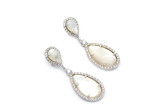 A mais longa e glamourosa noite do ano está a chegar e pede um brilho à altura. Um brilho das jóias Eugénio Campos.