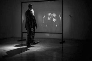 Michael Snow é um dos mais fascinantes artistas da contemporaneidade. Peter Campus é um artista seminal para os cânones da arte vídeo e dos novos media.