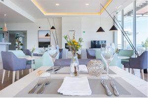 """Onyria Palmares Beach House Hotel, a unidade hoteleira do Grupo Onyria, integrado no Palmares Beach & Golf Resort, em Lagos, prepara pacote especial """"Romantic Dinner"""" para celebrar o Dia dos Namorados."""