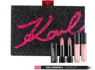 Preparada para receber um beijo de Karl Lagerfeld?