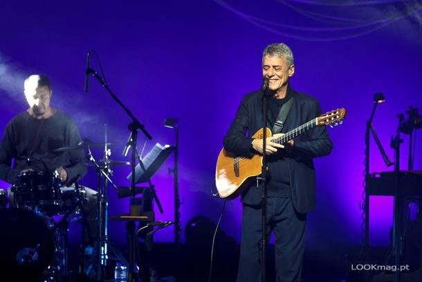 Coliseu de Lisboa cheio para receber Chico Buarque numa noite de canções e muitas emoções.