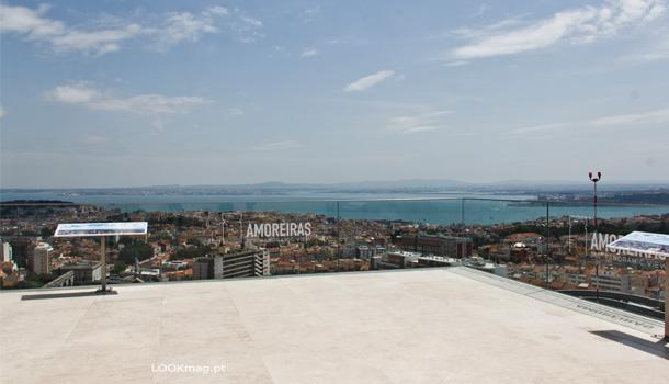 Inaugurado no dia 29 de abril de 2016, o Amoreiras 360º Panoramic View é hoje considerado spot com a melhor vista de Lisboa.