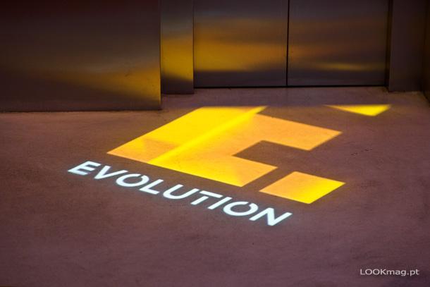 Fomos conhecer e experimentar os serviços do mais tecnológico hotel da Sana Hotels e ficámos encantados. Bem-vindos ao EVOLUTION Lisboa.
