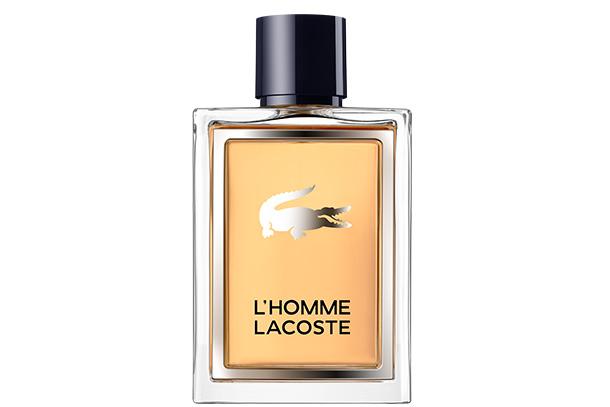 Com uma essência de notas amadeiradas e de especiarias, L'HOMME LACOSTE capta a inimitável herança de René Lacoste