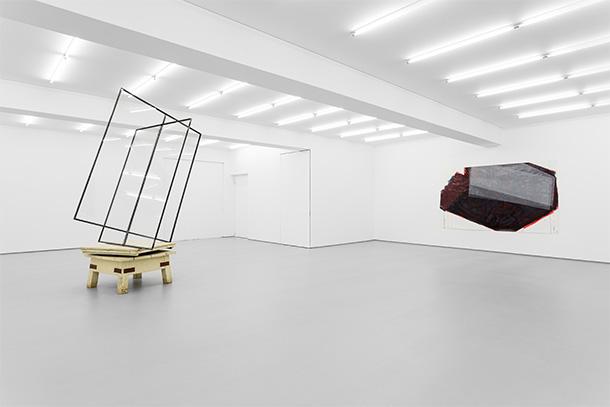 """A Galeria Vera Cortês apresenta """"2 desenhos, 2 esculturas"""", a primeira exposição individual de José Pedro Croft na galeria"""