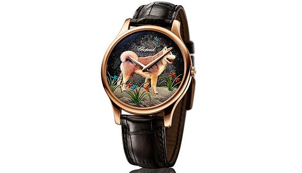 Todos os anos, a Chopard inspira-se no repertório da astrologia chinesa para oferecer uma nova interpretação da arte Urushi, uma técnica ancestral japonesa.