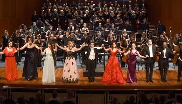 A Casa da Música acolhe um concerto operático protagonizado por um grupo de jovens solistas internacionais, sob a direcção do Maestro José Maria Moreno.