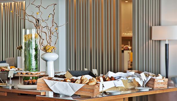 Este domingo, 18 de Março, o brunch da unidade hoteleira de cinco estrelas vai ter propostas especiais, para pais e filhos.