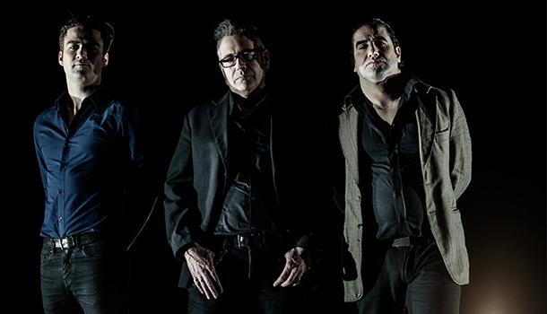 "Os The Twist Connection, Carlos ""Kaló"" Mendes na bateria e voz, o Samuel Silva na guitarra e o Sérgio Cardoso no baixo, continuam a desvendar o novo disco"
