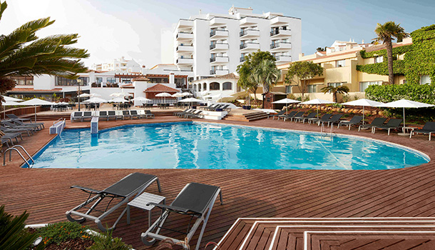 Após cinco meses de remodelações, a Tivoli Hotels & Resorts reabre as portas do renovado Tivoli Lagos Algarve Resort.